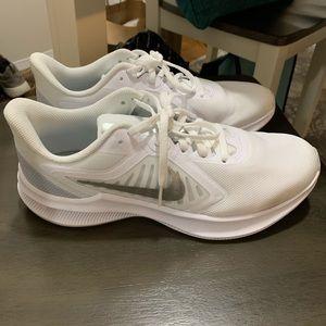 White Nike Downshifter